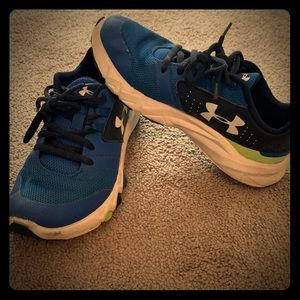 Boys Under Armour running sneakers